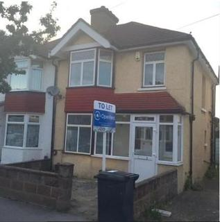 4 bedroom house share to rent - Westbourne Road,  Croydon, CR0