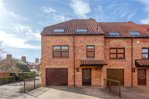 4 bedroom terraced house for sale - Wainwell Mews, Lincoln, Lincolnshire, LN2