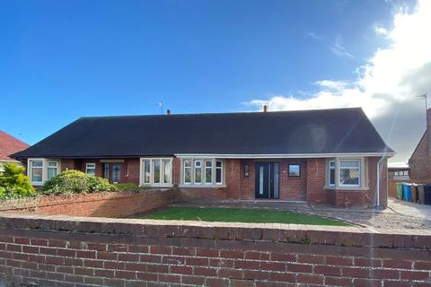 3 bedroom bungalow to rent - Lancaster Avenue, Lytham St Annes, FY8
