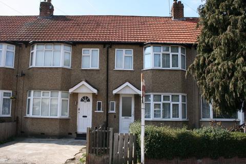 3 bedroom terraced house to rent - Lynhurst Crescent, UXBRIDGE, UB10