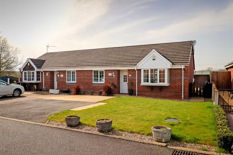 2 bedroom semi-detached bungalow for sale - Pearson Gardens, Bolsover, Chesterfield