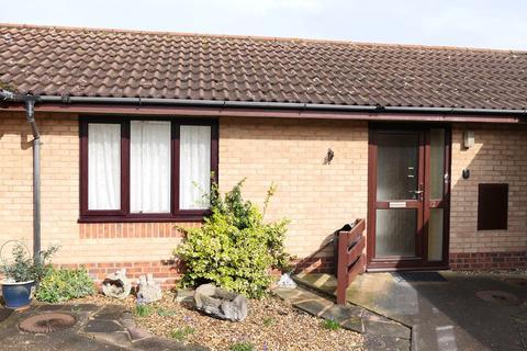 1 bedroom bungalow for sale - 50 Walcourt Road, Kempston, Bedford, MK42
