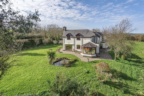 5 bedroom detached house for sale - Lake Hill, Lake, Barnstaple