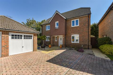 4 bedroom detached house for sale - The Chase, Fontwell
