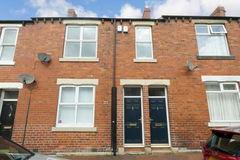 2 bedroom flat to rent - Commercial Road, Byker, Newcastle upon Tyne, Tyne and Wear, NE6 2ED