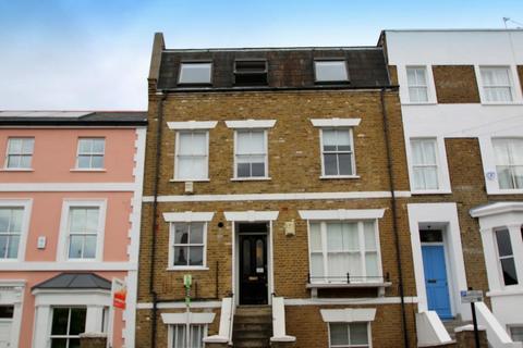 1 bedroom flat to rent - Lambourn Road, London, SW4