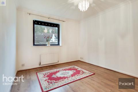2 bedroom flat for sale - Montpellier Road, Purley