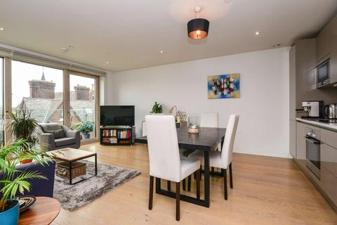 1 bedroom flat to rent - Trafalger Place, Elephant and Castle, London