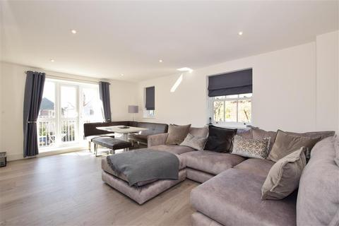 2 bedroom flat for sale - Parkfield Road, Worthing, West Sussex