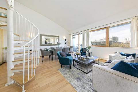 2 bedroom penthouse for sale - Chiswick High Road  , London, W4