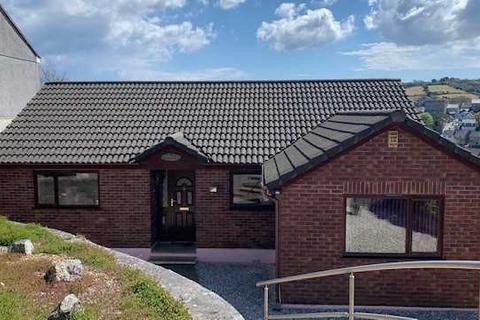 3 bedroom bungalow for sale - PENRYN