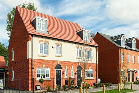 4 bedroom semi-detached house for sale - Plot 560, The Leicester at Weldon Park, Oundle Road NN17