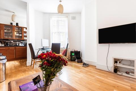2 bedroom apartment to rent - Hammersmith Road London W14