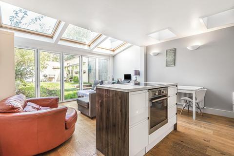 2 bedroom maisonette for sale - Garratt Lane, Earlsfield