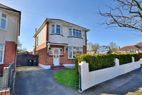 3 bedroom detached house for sale - Priory View Road, Bournemouth, Dorset BH9 3JJ