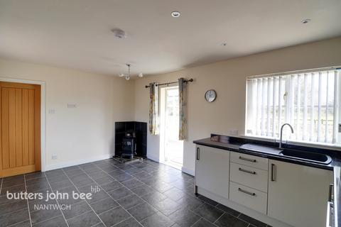 2 bedroom barn conversion for sale - Conery Lane, Whitchurch