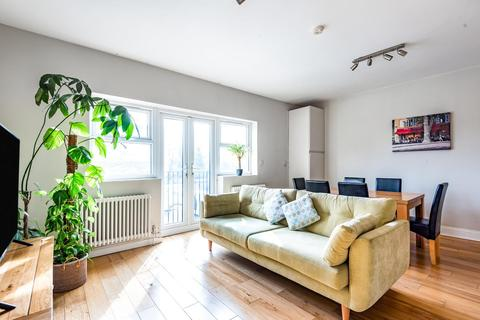 1 bedroom flat for sale - High Road, North Finchley