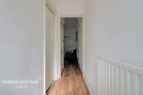 4 bedroom terraced house for sale - Chatham Street, Stoke-On-Trent ST1 4NY
