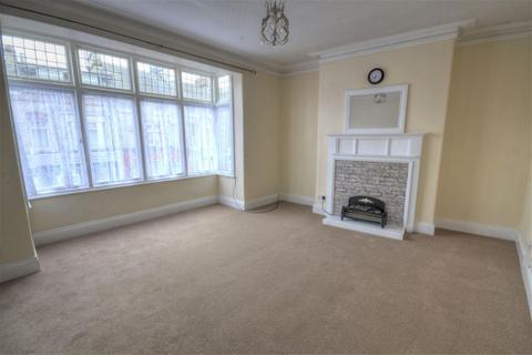 2 bedroom maisonette for sale - Victoria Road, Scarborough