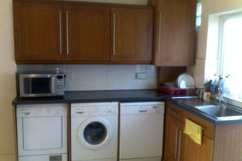 4 bedroom terraced house to rent - Cranbrook Rise,  Ilford, IG1