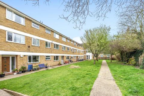 2 bedroom flat for sale - Beacon Road, Hither Green