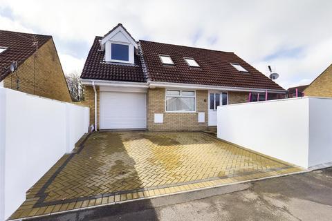 5 bedroom detached house for sale - Marigold Court, Brackla, Bridgend, CF31