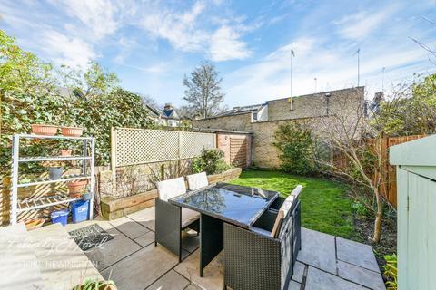 3 bedroom terraced house for sale - Martaban Road, Stoke Newington, N16