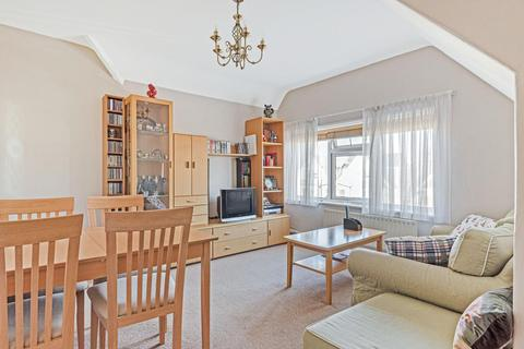 2 bedroom flat for sale - Twyford Avenue, Acton