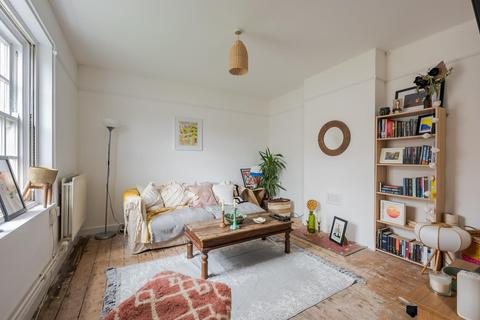 3 bedroom flat for sale - ALBION AVENUE, SW8