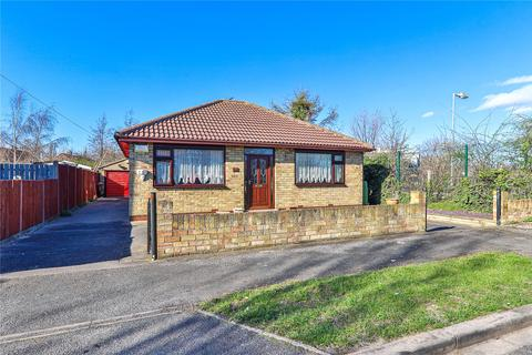3 bedroom bungalow for sale - Lynton Avenue, Anlaby Park Road South, Hull, HU4