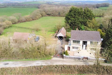 4 bedroom detached house for sale - Good Hook Lodge, Narberth Road, Haverfordwest