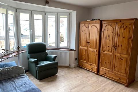 1 bedroom terraced house to rent - Ripon Gardens, Redbridge, Ilford