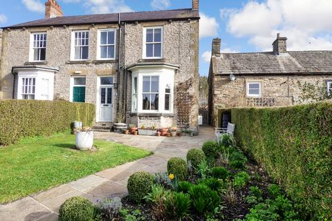 4 bedroom semi-detached house for sale - 6 Grove Square, Leyburn, North Yorkshire, DL8 5AE