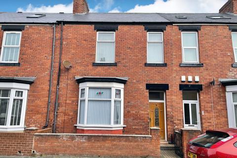 3 bedroom terraced house for sale - Bede Street, Roker