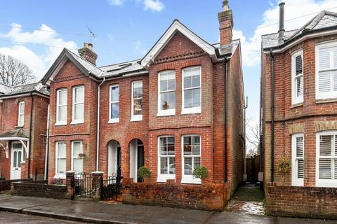 3 bedroom semi-detached house to rent - Hyde, Winchester