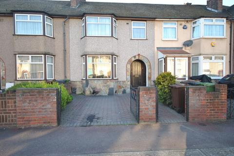 3 bedroom terraced house to rent - Review Road, Dagenham