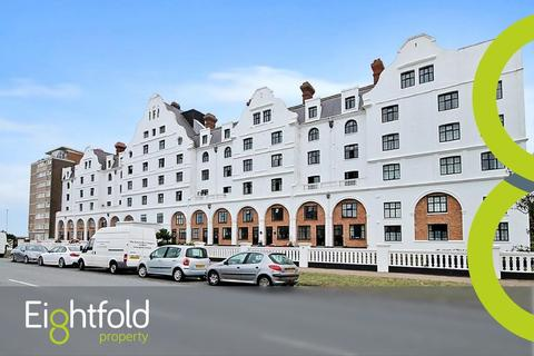2 bedroom flat to rent - Dolphin Lodge, Grand Avenue, Worthing
