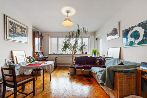 2 bedroom apartment for sale - Rosebery Gardens, Crouch End N8