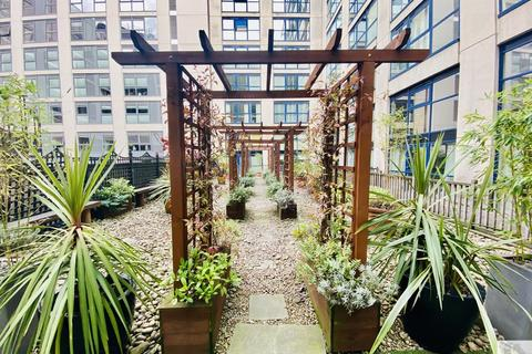 2 bedroom apartment for sale - Queens College Chambers