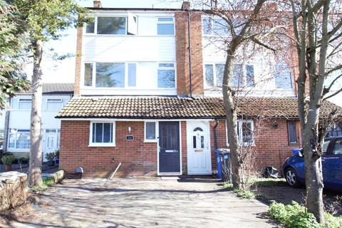 1 bedroom in a house share to rent - Kingsway, Blackwater, Camberley, GU17