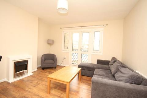 3 bedroom flat to rent - Whitmore Road, Hoxton, London, N1 5NN