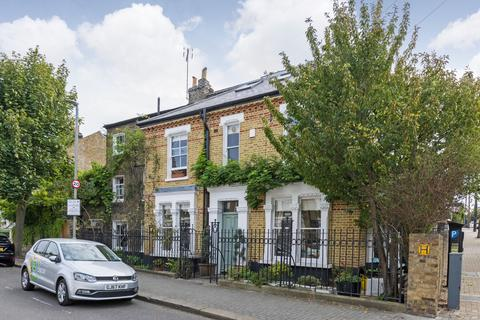 5 bedroom end of terrace house for sale - St. John's Hill Grove, SW11