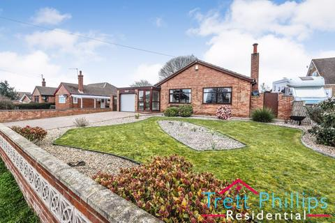 3 bedroom detached bungalow for sale - North Road, Hemsby