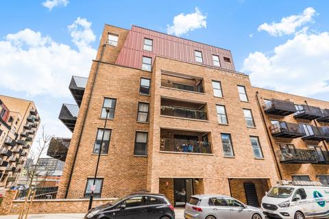 2 bedroom flat for sale - Rolfe Terrace Trinity Walk SE18
