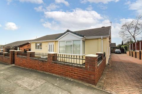 3 bedroom detached bungalow for sale - Willeton Street, Bucknall, Stoke-On-Trent