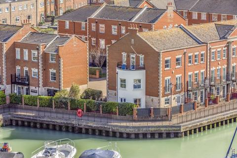 4 bedroom townhouse for sale - Captains Row, Old Portsmouth