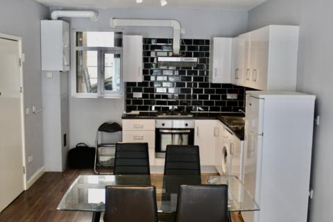 2 bedroom flat to rent - Leather Lane, EC1N Holborn