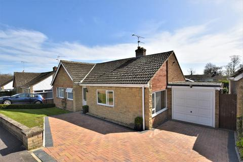 3 bedroom detached bungalow for sale - Aveland Road, Ketton, Stamford