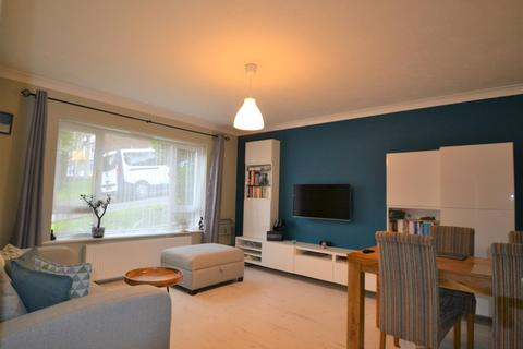 2 bedroom flat to rent - Leahurst Court Road, Brighton