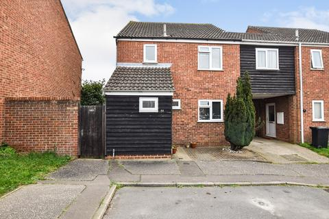 3 bedroom end of terrace house for sale - Hunt Avenue, Heybridge, Maldon, CM9